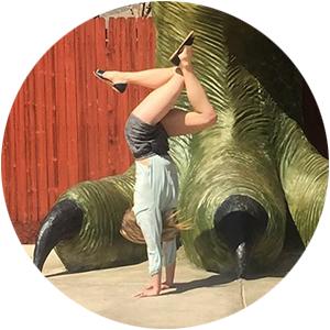 Lynn Lunny, Handstand Coach